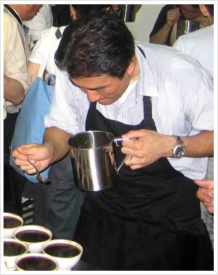 2008年 インドネシアにて品質チェック
